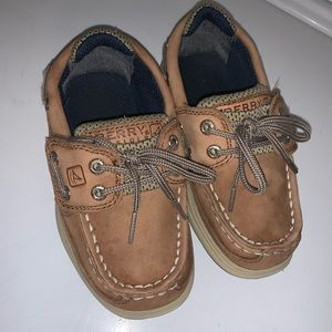 Sperry size 8c
